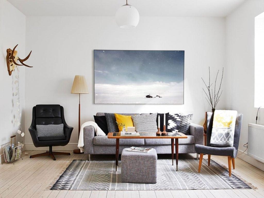 Designer-stue med flot akustikbillede